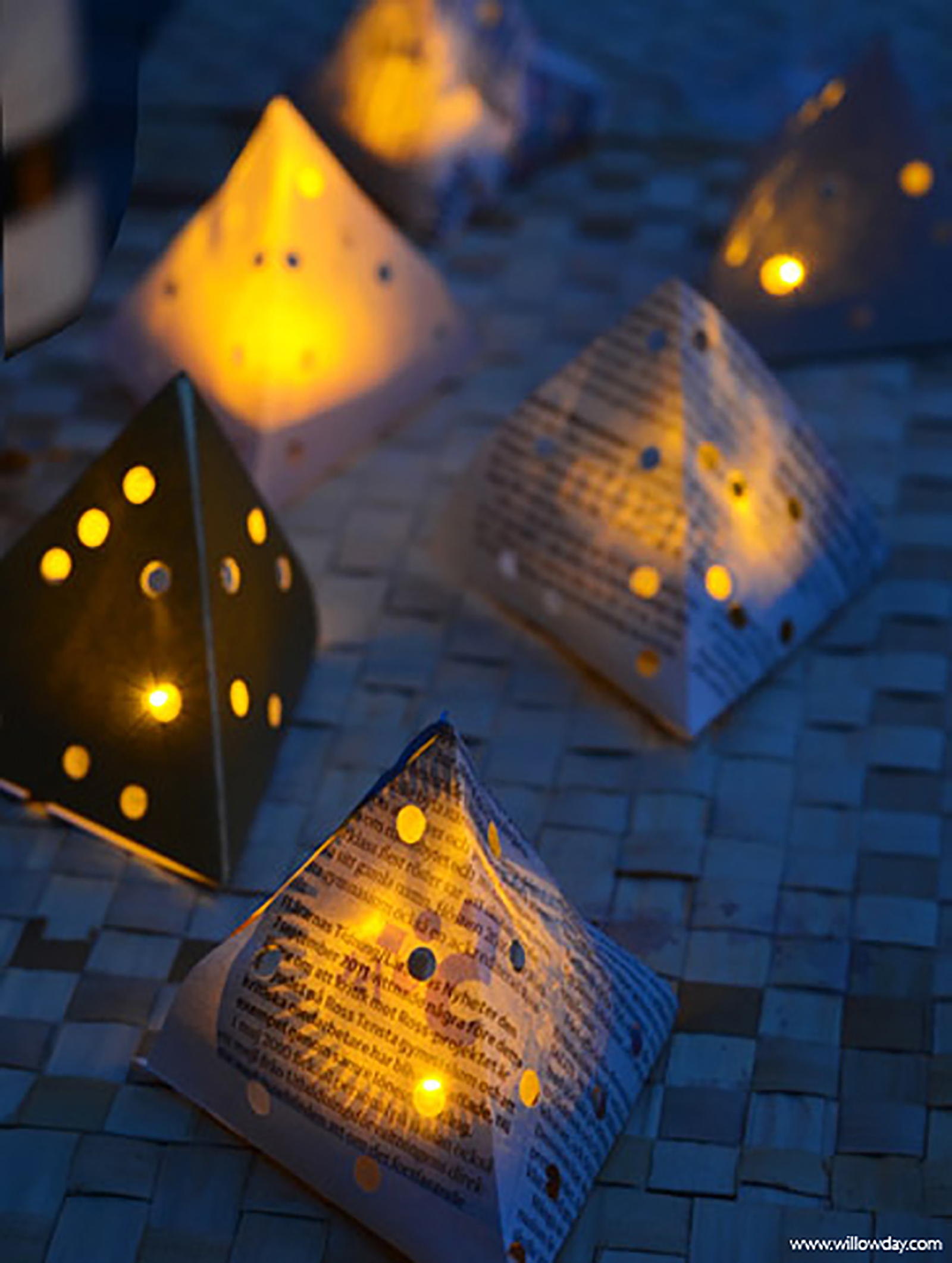 Diy paper lanterns willowday for How to make a beautiful lantern