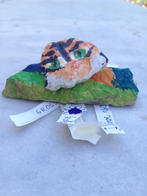 rock-post