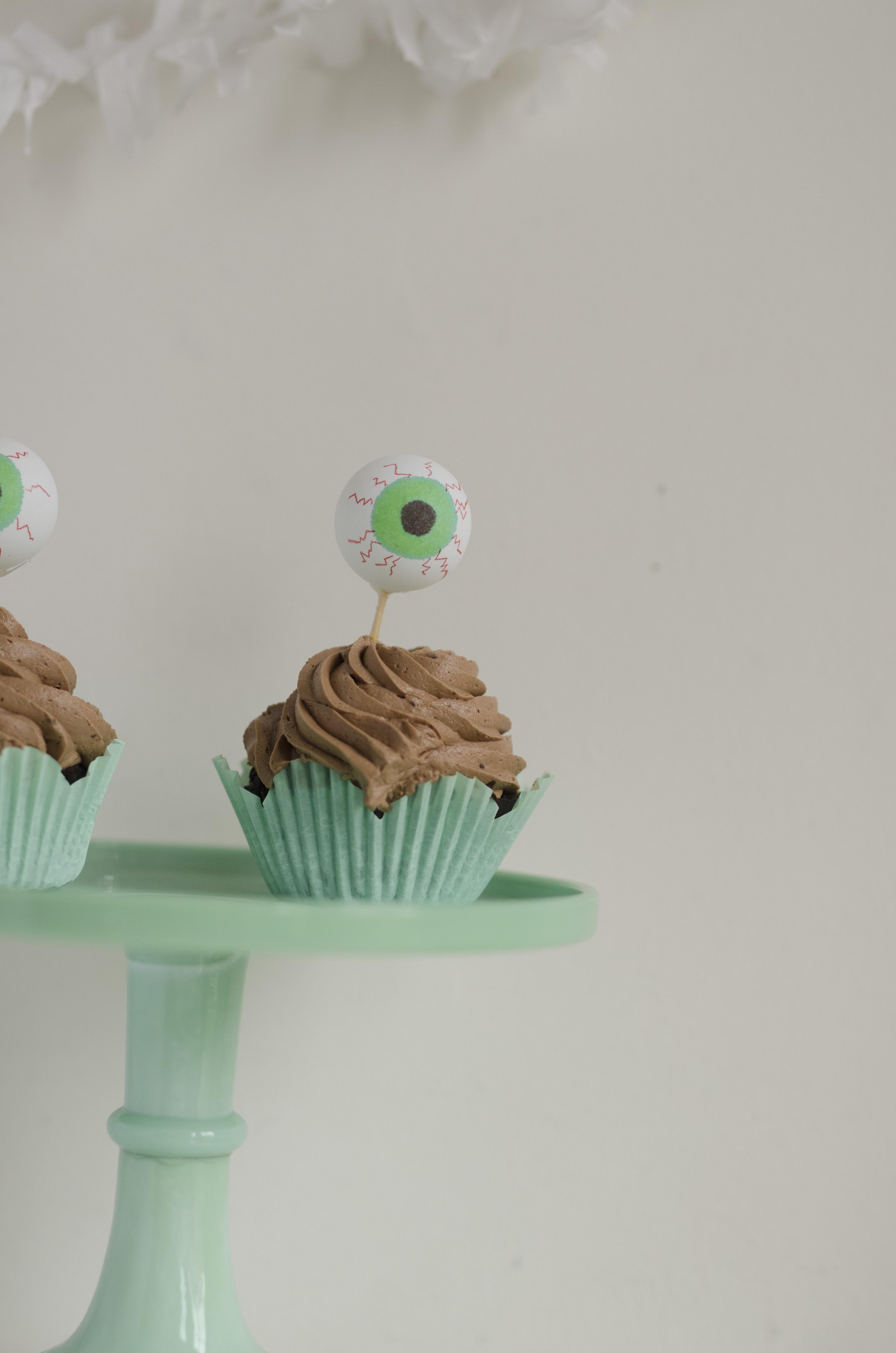 Eye Ball Cupcake FILMa_11