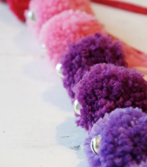 Finger Knit Valentine Decorations